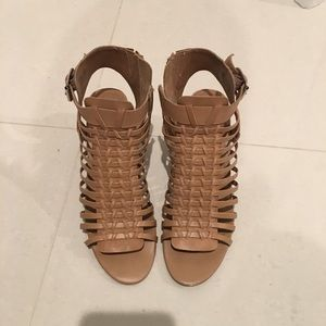 Steve Madden wedge shoes. Size 7